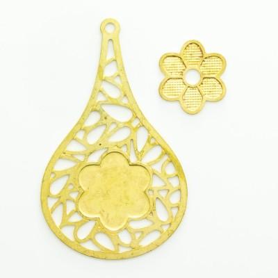 Detalhes do produto Gota vazada com argolinha e flor vazada