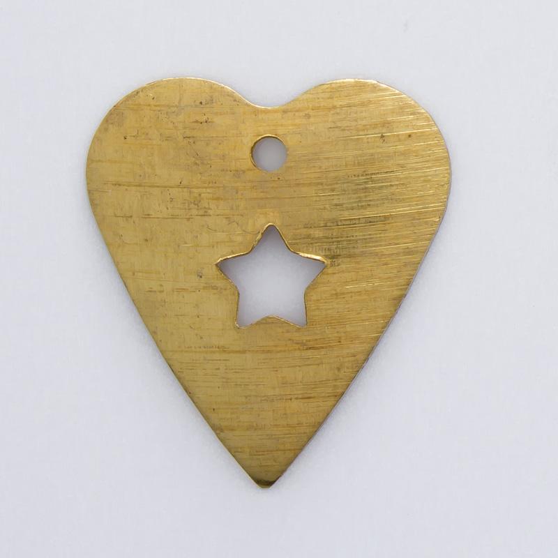 Coração vazado com furo 18,16mmx16,08mm
