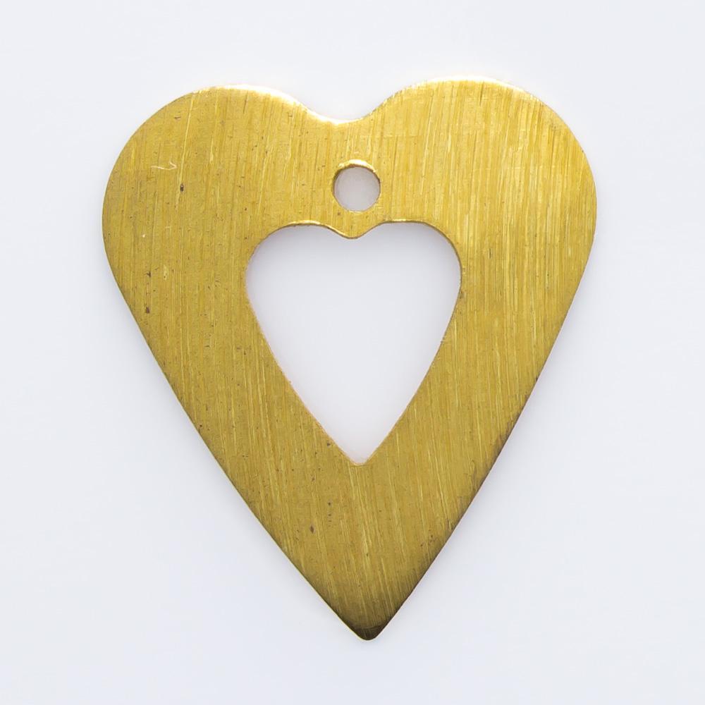 Coração vazado com furo 18,53mmx16,28mm