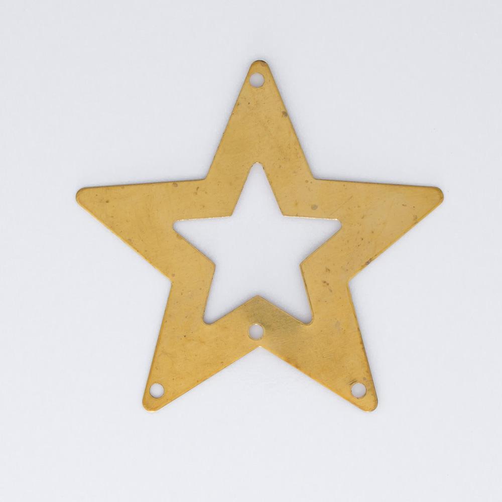 Estrela vazada 35,50mmx37,49mm