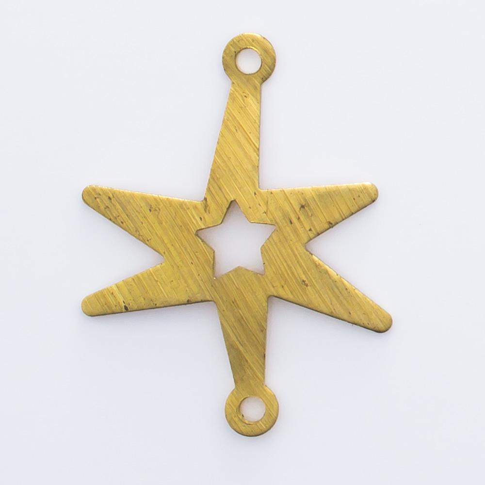Estrela vazada com 2 argolinhas 19,12mmx14,58mm