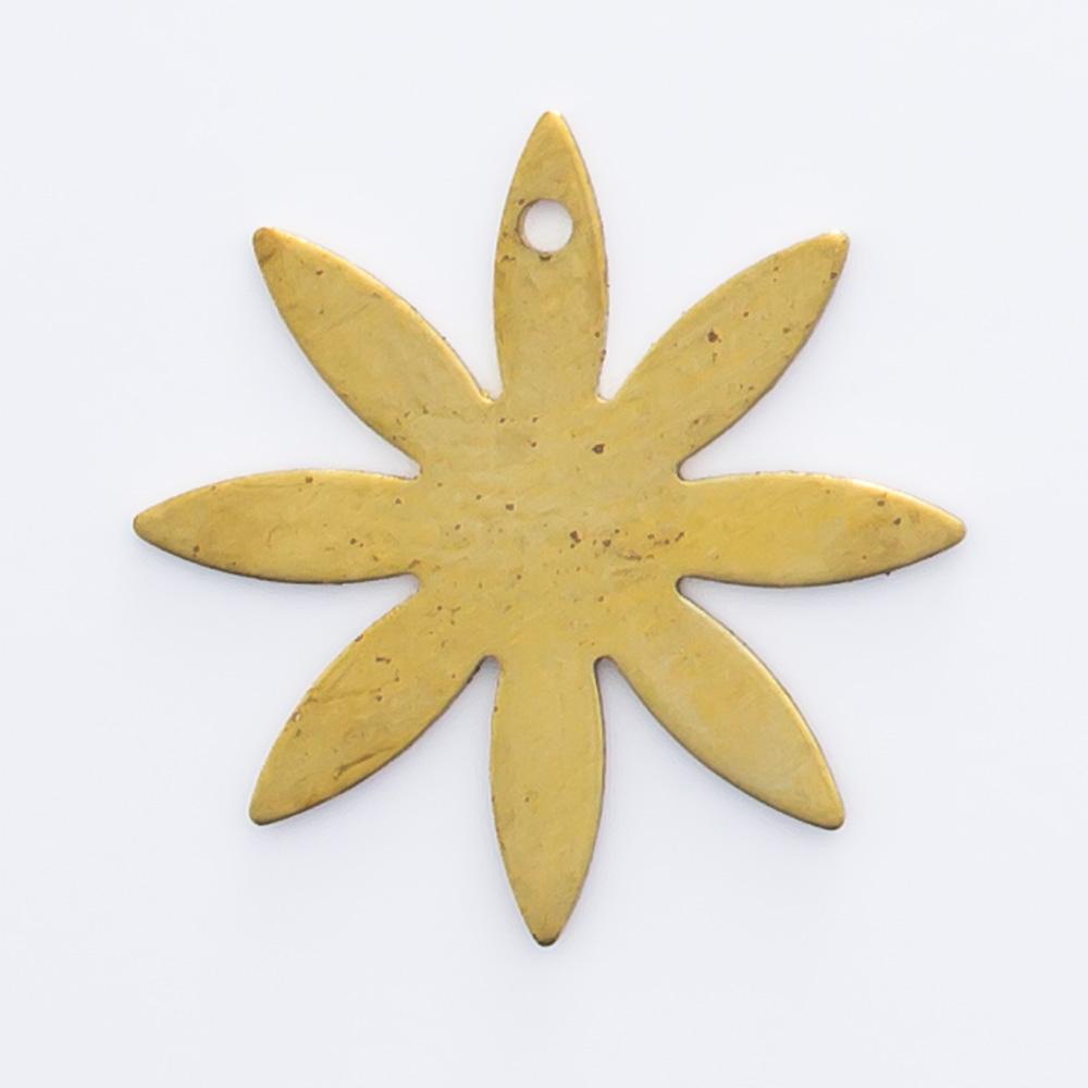 Flor 8 pétalas com furo 13,83mmx13,83mm