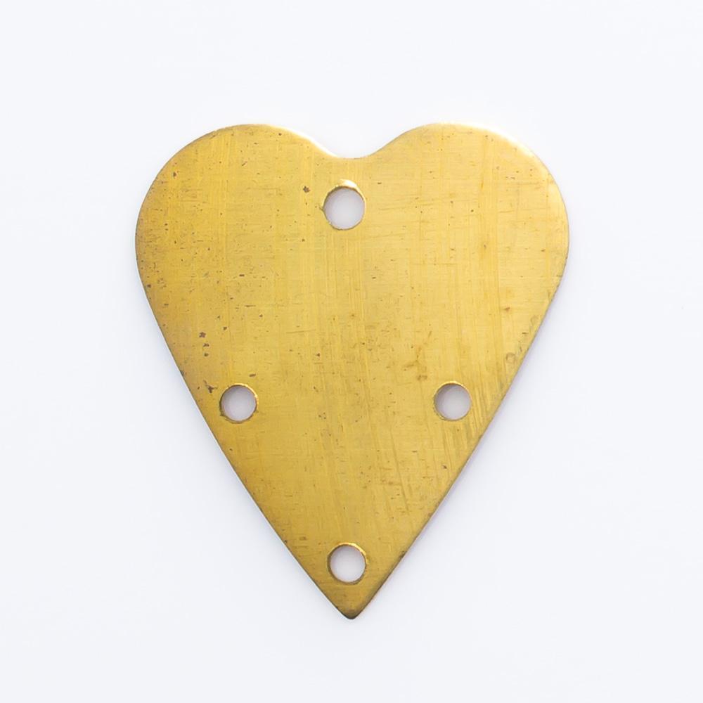 Coração com 4 furos 18,31mmx16,15mm
