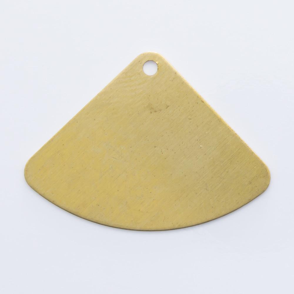 Triângulo com furo 17,62mmx24,14mm