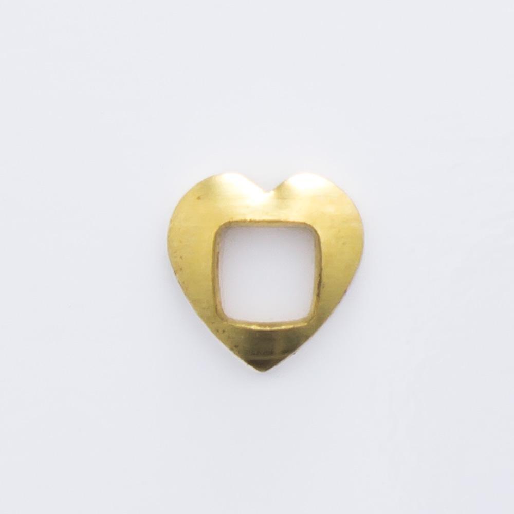 Coração vazado 5,20mmx5,20mm